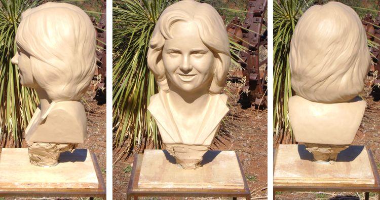 custom-bronze-bust-process-1-clay