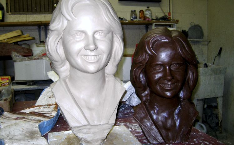 custom-bronze-bust-process-3-mold-next-to-clay