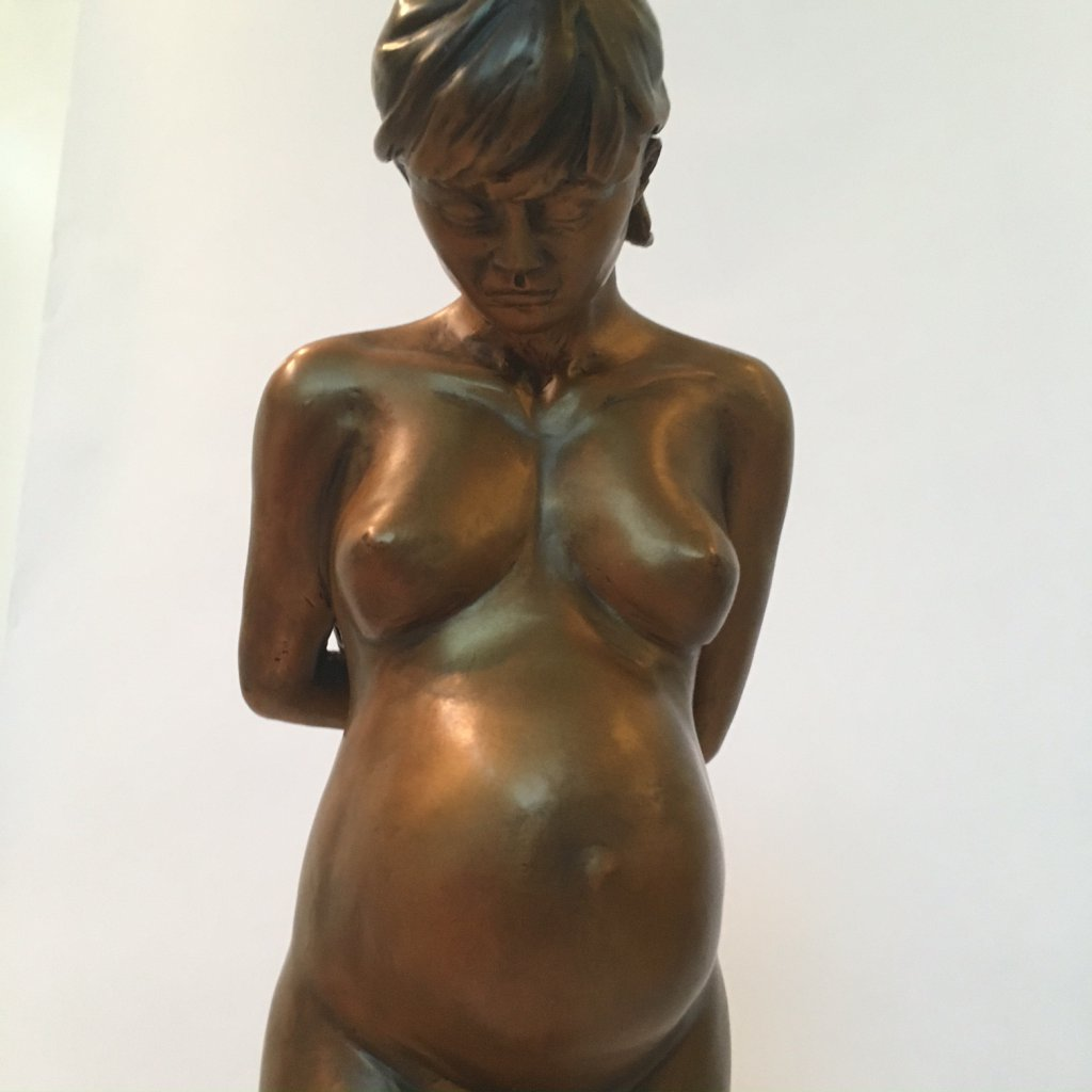 Custom bronze statue expecting6